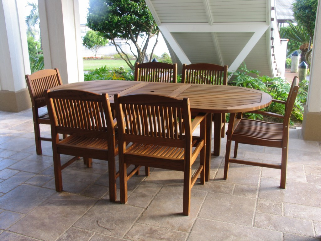 Outdoor Hardwood Table